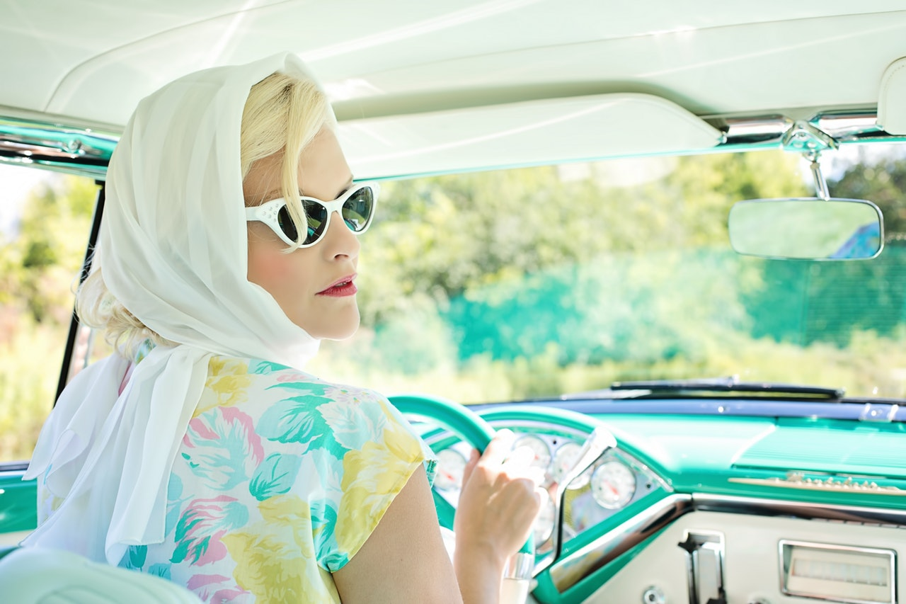 vintage-1950s-pretty-woman-vintage-car-1955-montclair