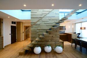 ヨーロピアンな階段